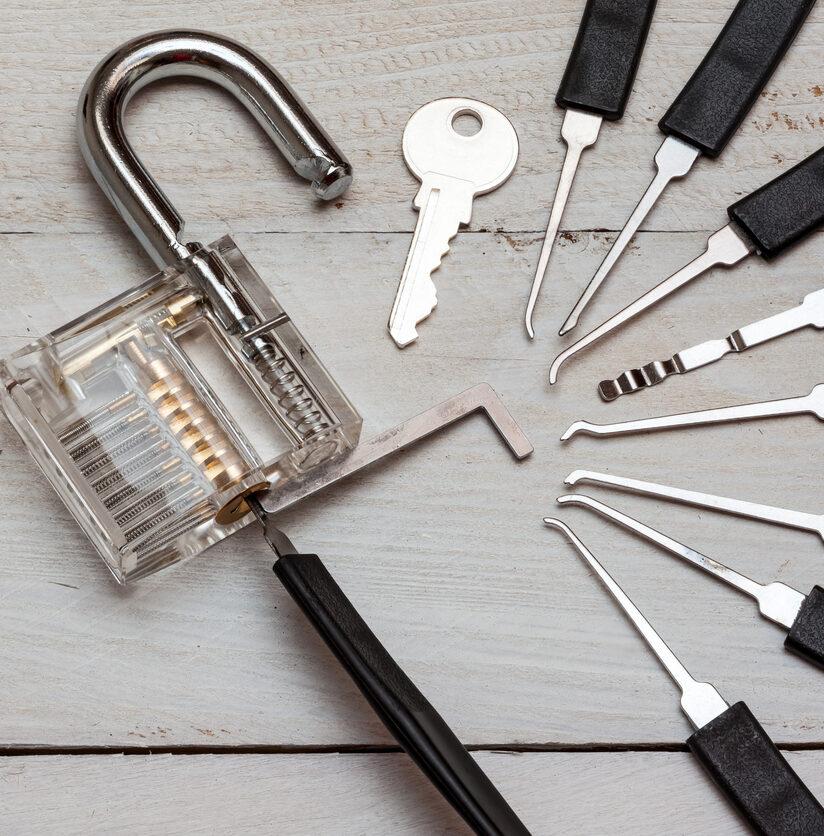 Öffnungswerkzeug vom Schlüsseldienst Pichler